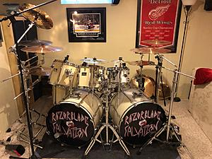 Click image for larger version.  Name:drums.jpg Views:21 Size:1.28 MB ID:32024