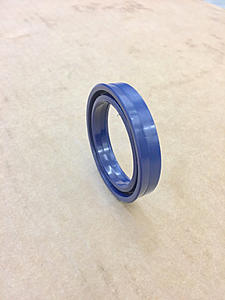 Click image for larger version.  Name:e3 rod seal.jpg Views:8 Size:54.6 KB ID:32365