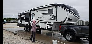 Click image for larger version.  Name:Wife RV Washing.jpg Views:26 Size:99.3 KB ID:33514